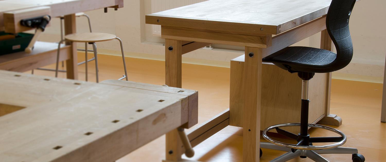 Piller-Schulmoebel-technisches-werken